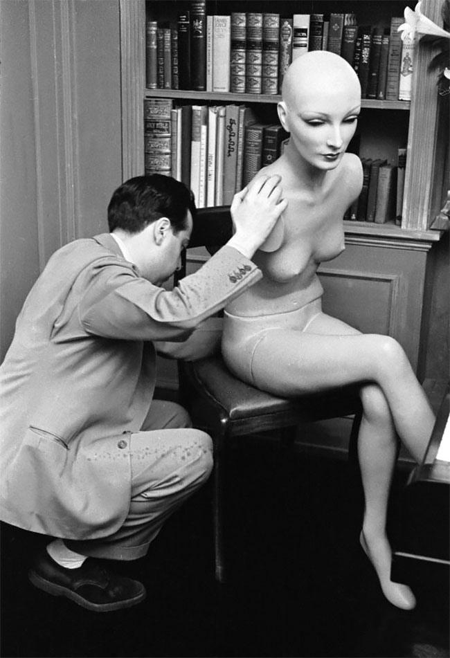 Синтия - манекен-суперзвезда 1930-х.