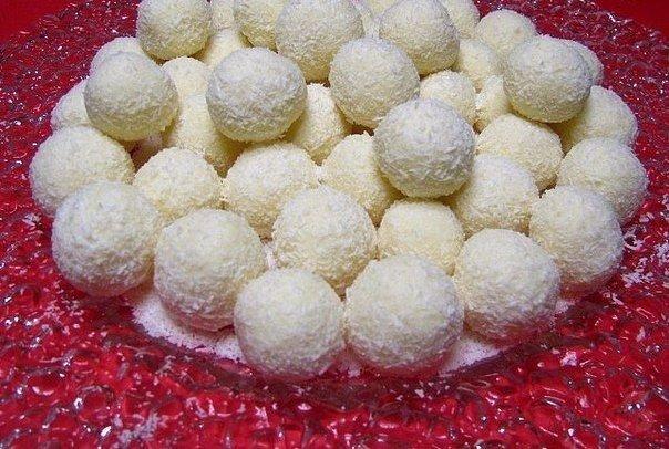 Любимые сладости по-домашнему  1. Баунти  Ингредиенты:  ● Сливки (20 % жирности)...
