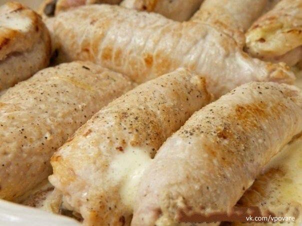 Рулетики мясные к праздничному столу  Ингредиенты:  -Свиное филе - 700...