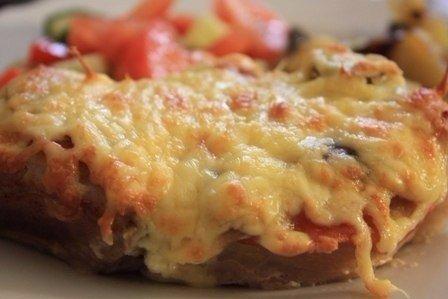 Мясо в фольге с грибами и помидорами.  Очень похоже...