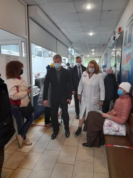 «Час здравоохранения» сегодня начал с поручения представить мне конкретные меры по улучшению работы первичного звена.... Ульяновск