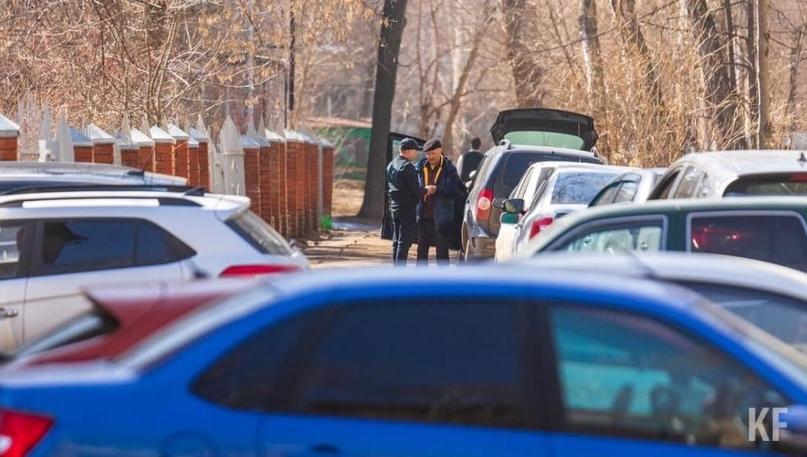Бунтующие из-за стоянки у ЖК «Вертикаль» челнинцы: Депутатам все можно?