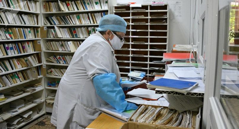 Минздрав рассказал, как будут работать поликлиники на майские праздники.