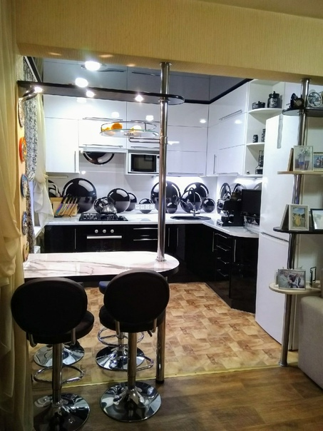 Соединили кухню с гостиной в хрущёвке! Цвет линолеума...