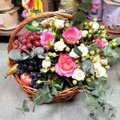 Цветочно-фруктовая корзина