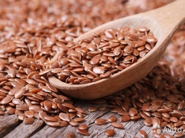 Удивительные семена льна для здоровой и эффективной потери веса  Льняное семя содержит множество полезных компонентов, которые включают витамины, минералы, жирные кислоты и клетчатку, которые нормализуют кишечник. Семена льна очищают органи...