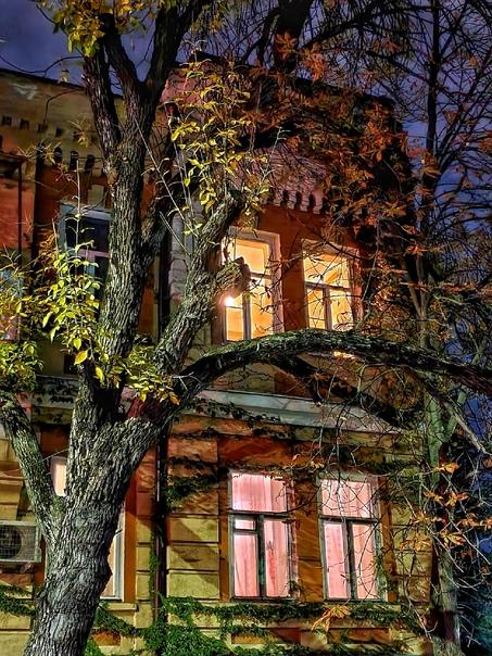 Архитектура ночного Ростова в фотоснимках нашего читателя ????????  #благоустройство@rostovnadonu