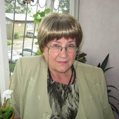 Olga Domenik