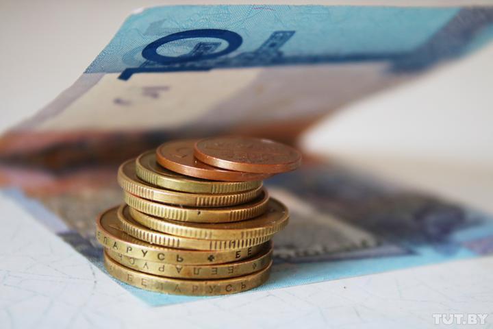 Белстат сообщает, что средняя зарплата превысила 1380 рублей. А какие суммы пред...