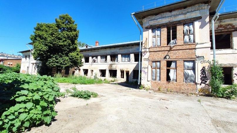 Сбрасывают балласт: бывшие здания самарской поликлиники №2 передадут в частные руки