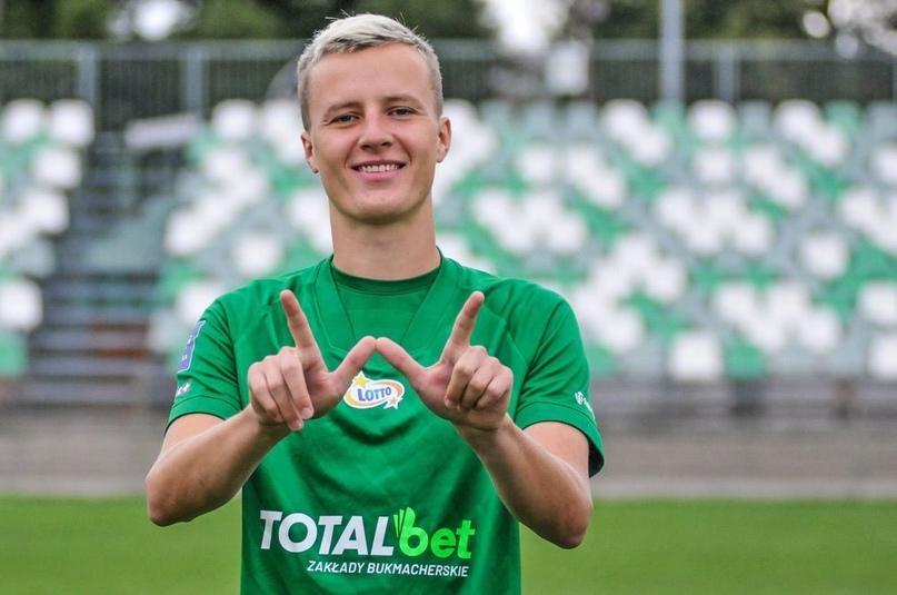 Защитник сборной Финляндии Роберт Иванов поделился ожиданиями от Евро-2020.