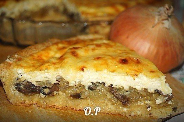 Французский луковый пирог с грибами