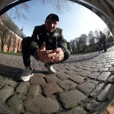 Виктор Кузнецов, Калининград