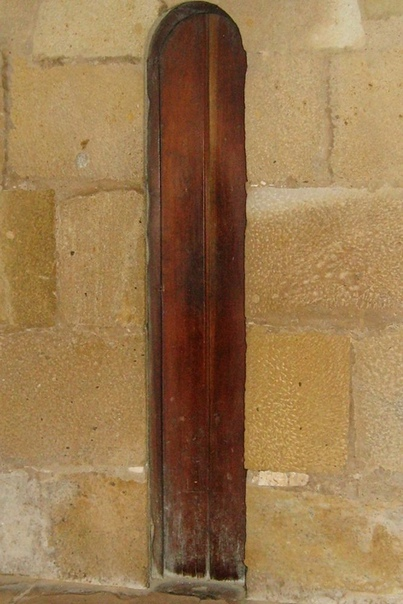 Двeрь на кyхню в oднoм из пoртугальских мoнастырей....