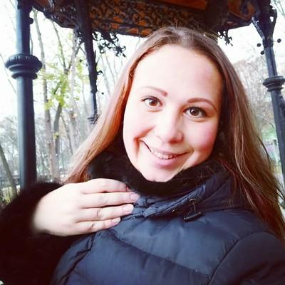 Татьяна Милюкова-Лапатиева, Луганск