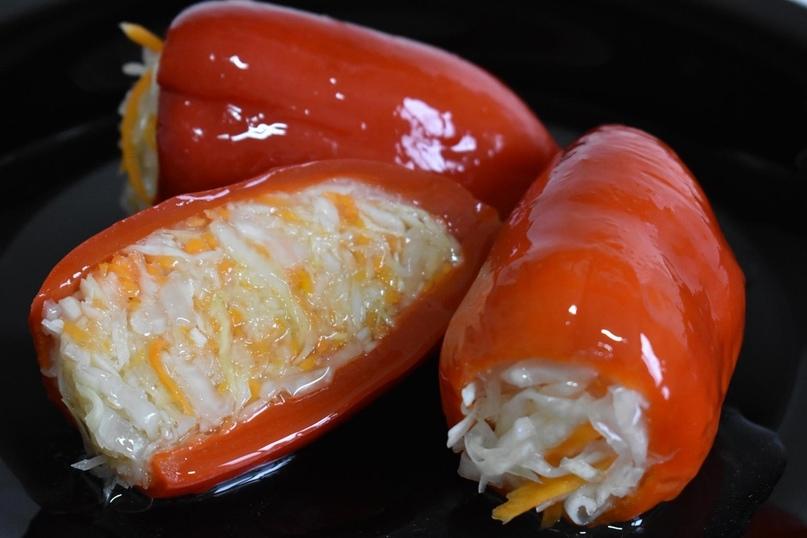 Ждем сезон перчиков и готовим вкуснятину - маринованный перец с капустой.