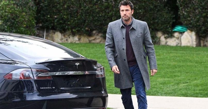 🚗 Tesla Model S — машина, которую выбирают богатые знаменитости Голливуда