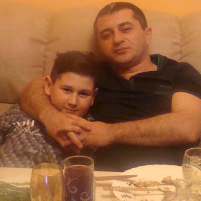 Аркадий Унанян, Калининград