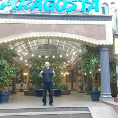 Ганибет Муханов, Алматы