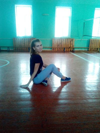 Танюша Шаповалова, Сальск
