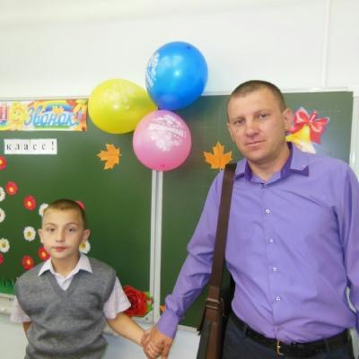Сергей Костанов, Октябрьск