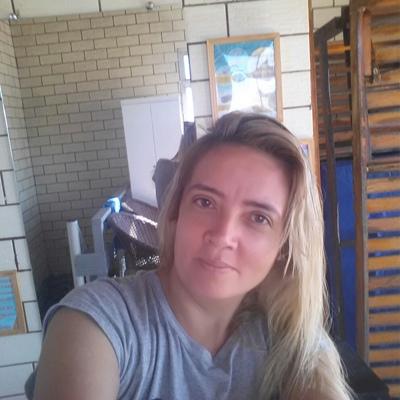 Ezenira Nira, Fortaleza