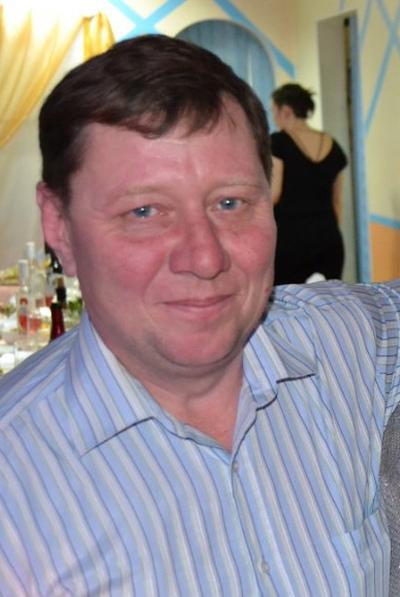 Олег Бухарин, Киров