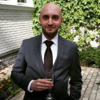 ВалентинМедведев