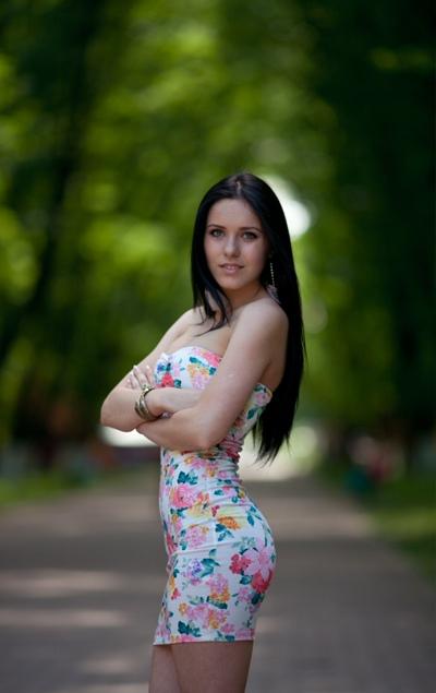 Адріенн Гомокі, Ужгород