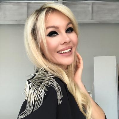 Анна Леонова, Новосибирск