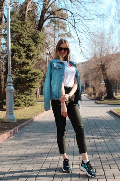 Мила Борисова, Москва