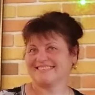 Наташа Красавина