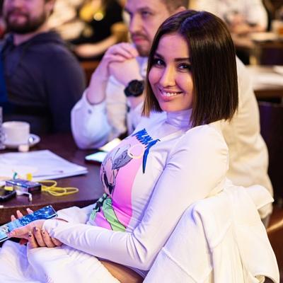 Анастасия Головачева, Москва