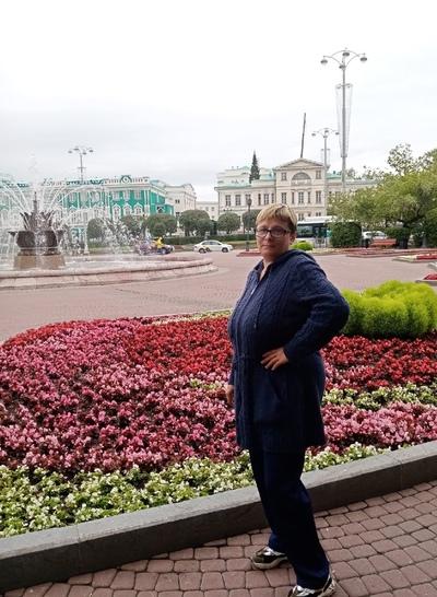 Елена Муравьёва, Кировград