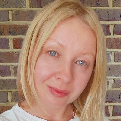 Яна Комлева
