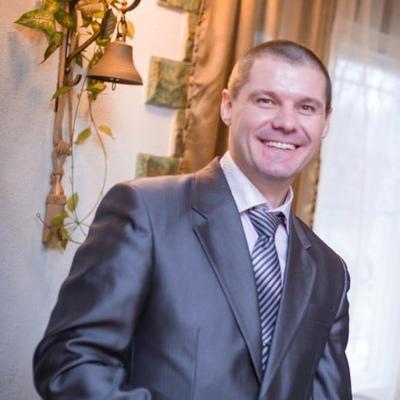Игорь Антипов