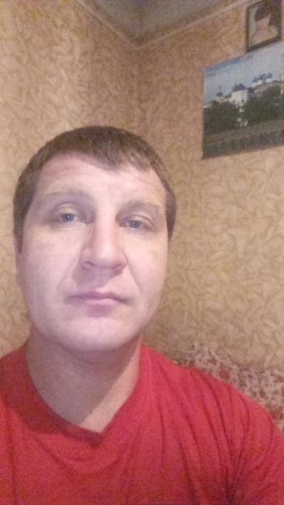 Леонид Густов, Давлеканово