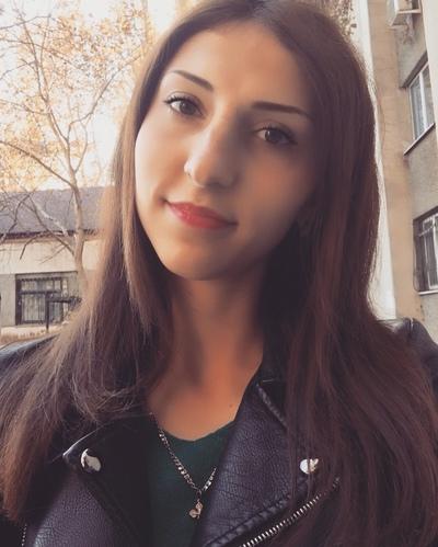 Виктория Бурлаченко, Симферополь