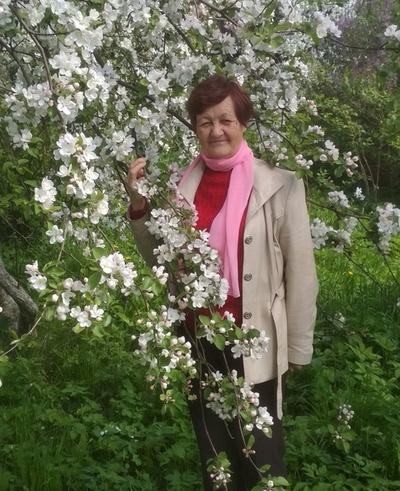 Galina Lasaya, Velsk