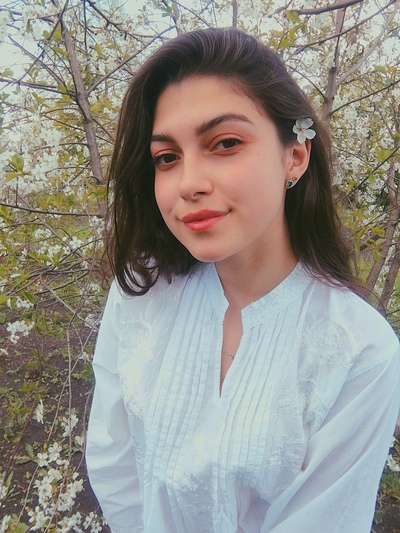 Анна Пахомова, Москва