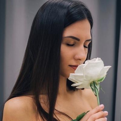Екатерина Текутьева