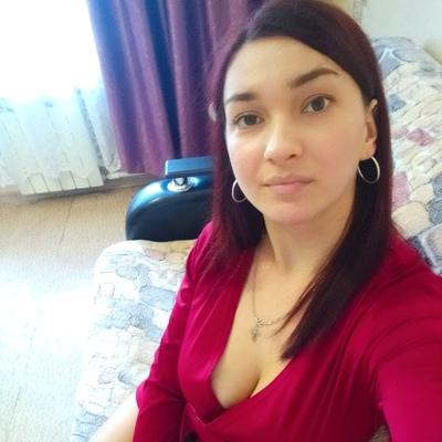 Янина Ермолаева