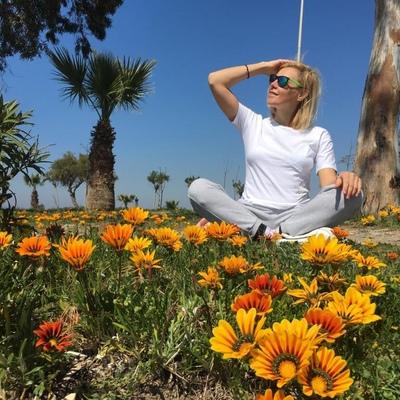 Olga Zeren, İzmir