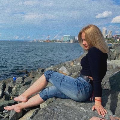 Александра Кныш, Владивосток