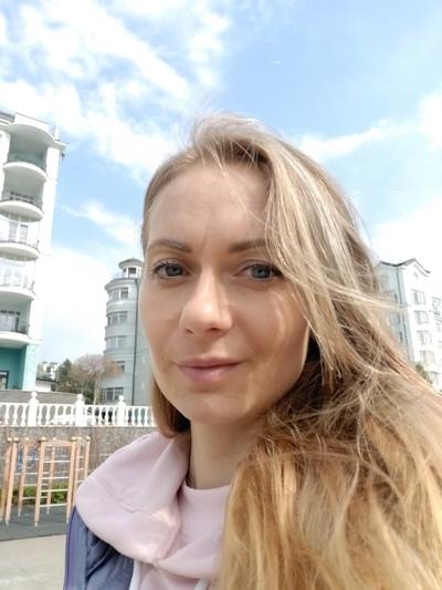 Юлия Емельянцева, Москва