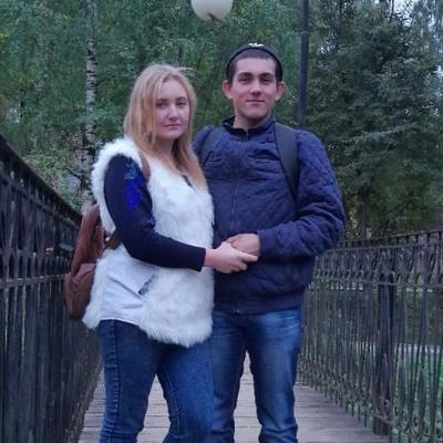 Алишер Шарипов