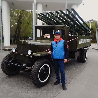 Игорь Папин