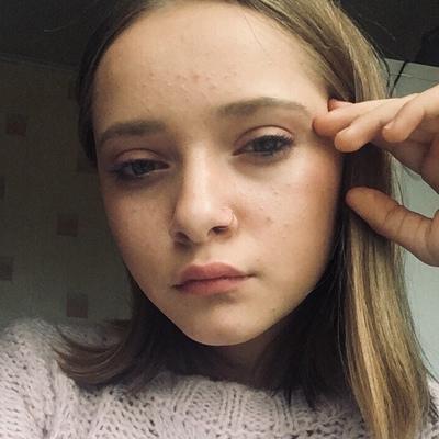 Лера Гайданова
