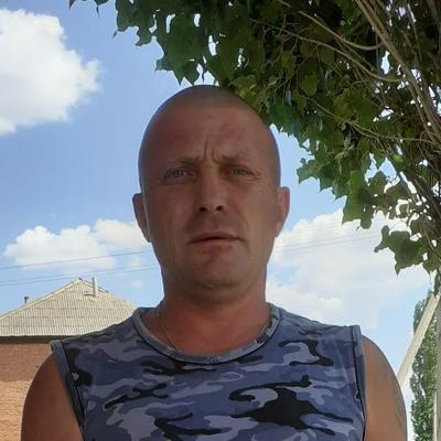 Денис Канжов