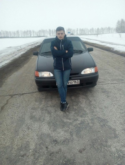 Олег Захаров, Москва